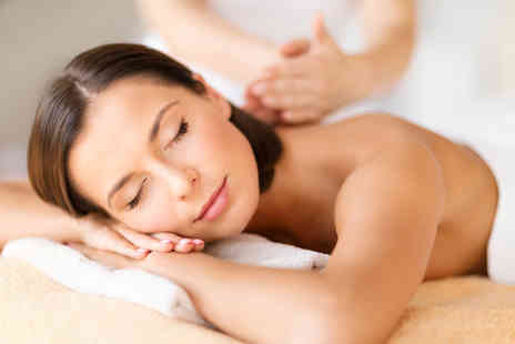 Prime Health UK - One hour back, neck and shoulder massage - Save 71%