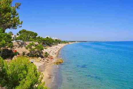 Crystal Travel - Seven night, all inclusive Costa Dorada, Spain break with return flights - Save 0%