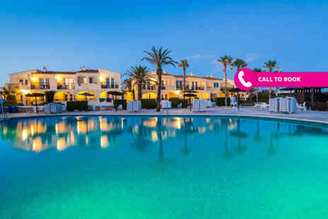 Super Escapes Travel - All inclusive seven night Menorca, Spain break including return flights - Save 30%