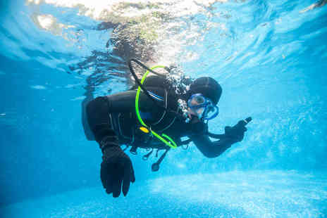 DiveMania Scuba - Two hour discover scuba lesson - Save 48%