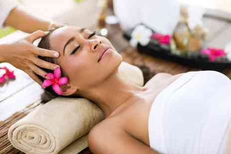 Saasha Nail & Beauty Clinic - Luxury pamper package with three treatments and a glass of bubbly - Save 82%