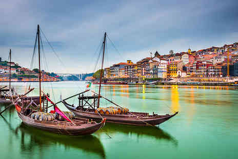 ClipHotel Gaia Porto - Three Star Douro Riverside Hotel with Cruise and Wine Tasting - Save 40%