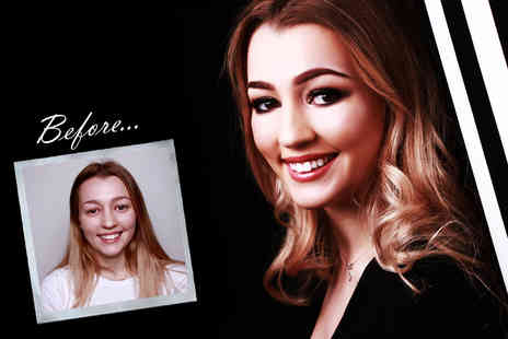 "Flawless Studios - Makeover photoshoot using MAC products for two people with Prosecco, two 7"" x 5"" prints and £50 voucher - Save 82%"