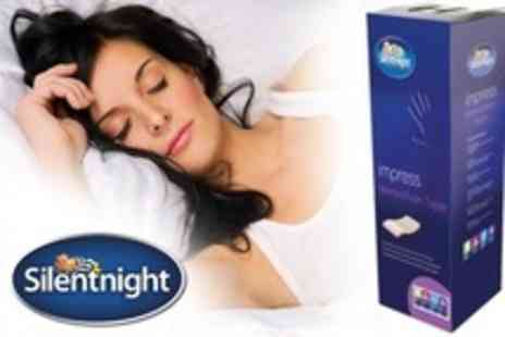 UK Bedding - Single, Double, or King Size Silentnight Memory Foam Mattress Topper - Save 74%