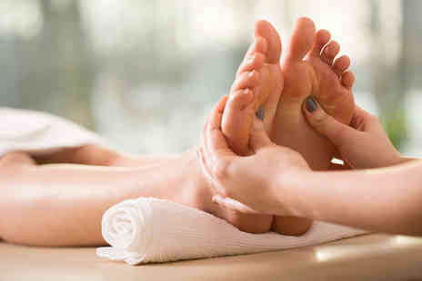 Wellness and Beauty Clinic - One hour reflexology treatment - Save 62%