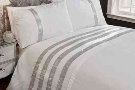 Groupon Goods Global GmbH - Rapport Home Accent Duvet Sets - Save 64%