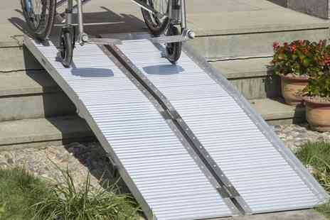 Groupon Goods Global GmbH - HomCom Aluminium Folding Wheelchair Ramp With Free Delivery - Save 0%