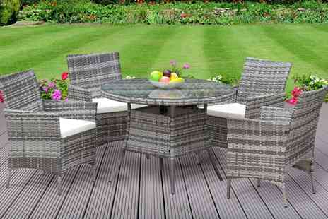 Groupon Goods Global GmbH - Valletta Outdoor Rattan Effect Dining Set with Optional Cover With Free Delivery - Save 0%