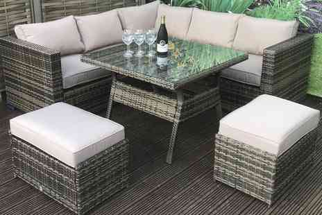 Groupon Goods Global GmbH - Geneva Eight Seat Rattan Effect Garden Furniture Sofa Set - Save 0%