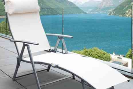 Groupon Goods Global GmbH - Outsunny Folding Sun Lounger With Free Delivery - Save 0%