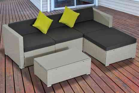 Groupon Goods Global GmbH - Outsunny Rattan Effect Five Piece Modular Sofa Set With Free Delivery - Save 0%
