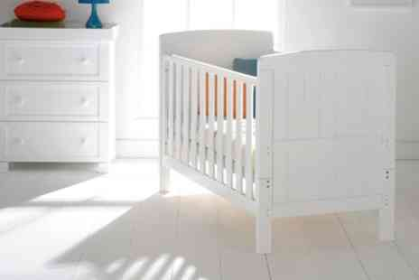 Groupon Goods Global GmbH - East Coast Nursery Austin White Cot Bed With Free Delivery - Save 20%
