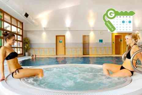 Cedar Court Wakefield - Double Room for Two with Breakfast, 2 Course Dinner and Health Club Spa Access - Save 53%