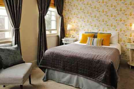 The Raven - Shropshire inn stay with bubbly - Save 36%
