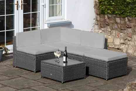 Groupon Goods Global GmbH - Milan Modular Rattan Effect Garden Sofa Set With Free Delivery - Save 0%