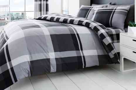 Groupon Goods Global GmbH - Waverly Check Duvet Set - Save 72%