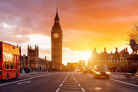 Golden Tours - London by Night panoramic bus tour ticket - Save 30%