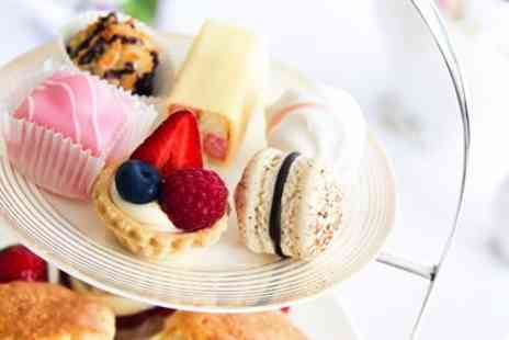 DoubleTree by Hilton - Afternoon tea with rooftop views for 2 - Save 36%