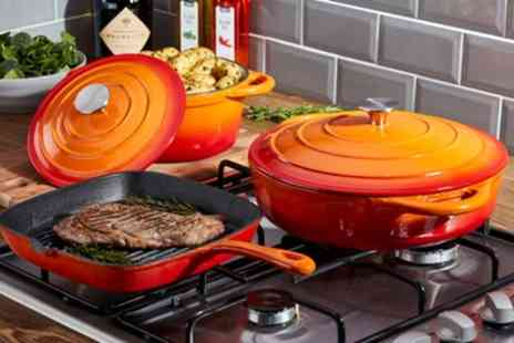 Groupon Goods Global GmbH - Cooks Professional Three-Piece Deluxe Cast Iron Cookware Set With Free Delivery - Save 54%