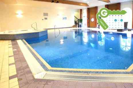 Hogs Back Hotel & Spa Farnham - Double or Twin Room for 2 with Breakfast, Wine, Spa Access and Optional Dinner - Save 10%