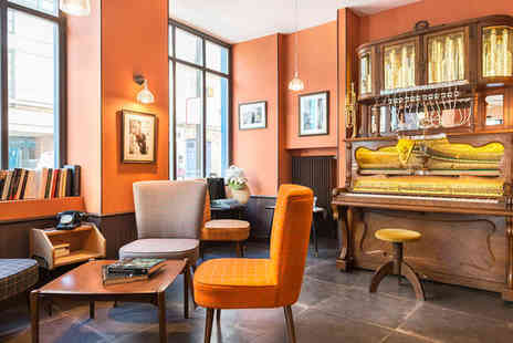 Hotel Boris V - Four Star Cosy Retreat in the City of Love For Two - Save 67%