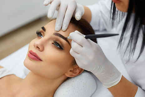 Felicity Natural Beauty - Session of eyebrow microblading - Save 72%
