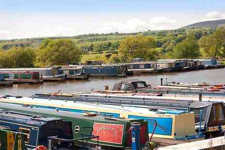 Reedley Marina - 60 minute Leeds and Liverpool Canal cruise for two with lunch and a glass of Prosecco - Save 0%