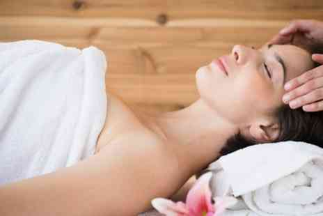 Signature Beauty - 60, 90 or 120 Minute Pamper Package - Save 60%