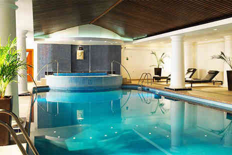 Buyagift - Relaxing spa day for two including two spa treatments each choose from over 50 locations across the UK - Save 0%