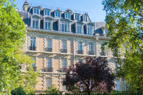 Hotel Etoile Saint Ferdinand - Four Star Charming Hotel Stay For Two near the Arc de Triomphe - Save 60%