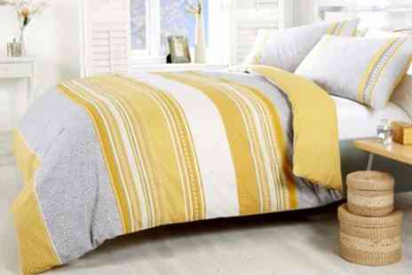 Groupon Goods Global GmbH - Rapport Home Havana Duvet Cover Set in Choice of Colour and Size - Save 73%