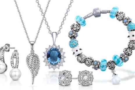 Neverland Sales - Mestige Jewellery with Crystals from Swarovski and Free Shipping - Save 75%