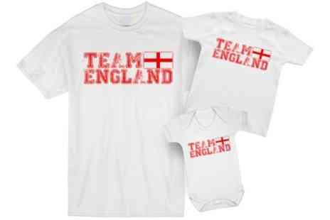 Groupon Goods Global GmbH - Team England Dad and Child Matching Set - Save 0%