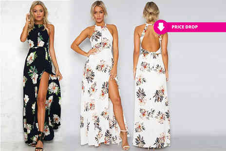 Boni Caro - Halter top maxi dress choose from two colours - Save 74%