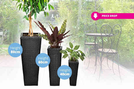 Vida XL - Three rattan flower pots select from two colours - Save 69%