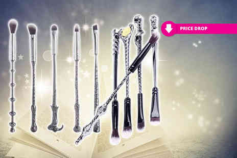 Forever Cosmetics -10 piece Harry Potter inspired wand makeup set - Save 68%