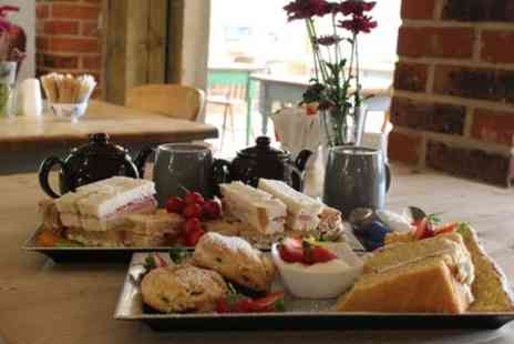 Planters A21 - Traditional or Sparkling Sussex Afternoon Tea for Two or Four - Save 50%