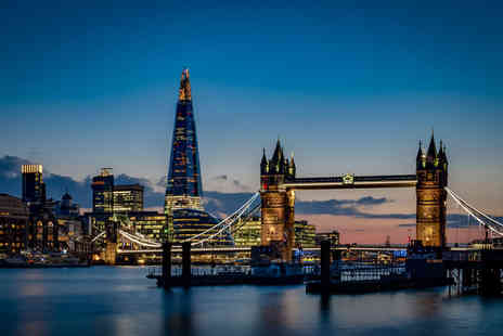 OMGhotels - Overnight stay in a 3 Star hotel with breakfast, Hop On Hop Off River Thames sightseeing Cruise and a two course dinner - Save 0%