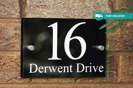 Deco Matters - Personalised rectangular house sign - Save 60%