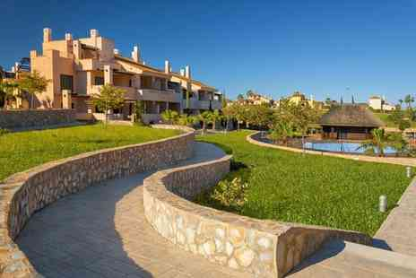 Hacienda Los Alamos Residences - Brand New Apartment Stay For Two in Privileged Location - Save 24%