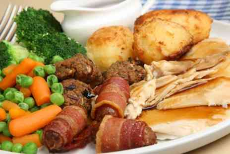 Mc Phabbs - Sunday Lunch with Fizz for Two or Four - Save 29%