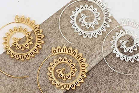 Trendy Banana - Spiral Earrings Gold or Silver Colour - Save 70%