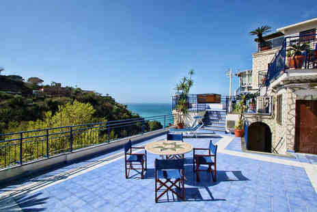 Hotel Oriente - Four Star Classical Hotel Stay For Two on the Beautiful Sorrento Coast - Save 80%