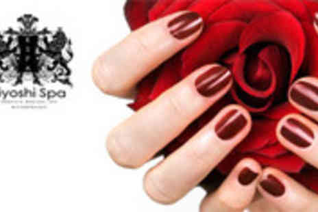 Kiyoshi Spa - File and nail polish - Save 67%