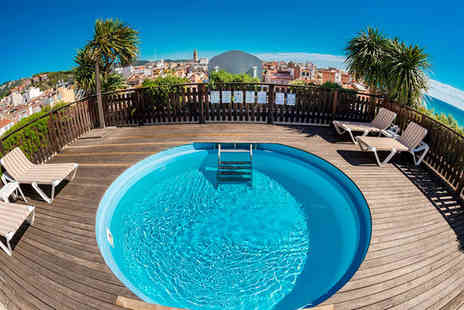 Hotel Les Palmeres - Four Star Charming Seaside Spanish Hotel Stay For Two - Save 73%
