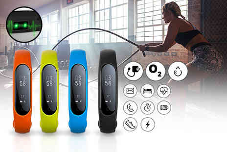Ugoagogo - Fitness tracker with blood oxygen and heart rate monitor choose from four colours - Save 86%