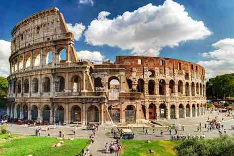 Bargain Late Holidays - Two, three or four night Rome getaway with wine, late check out and return flights - Save 49%