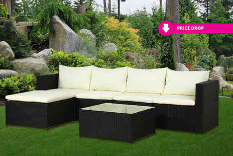 Esenti - Five piece rattan furniture set or rattan set with outdoor cover choose brown or black - Save 68%