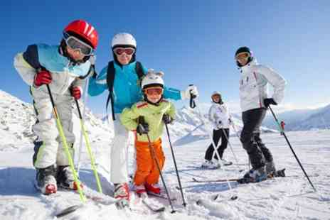 Swadlincote Ski and Snowboard Centre - Summer Ski or Snowboard Activity Day - Save 27%