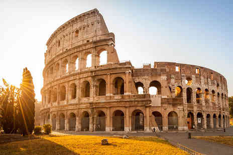 Royal Court Hotel - Four Star Central Location Stay For Two in the Eternal City - Save 80%
